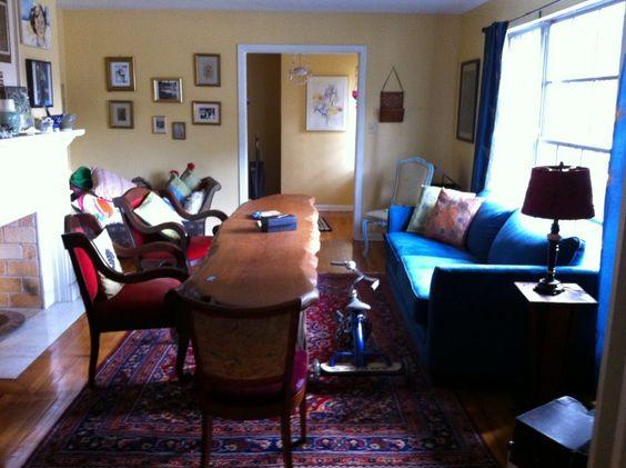 12 Astonishing Messy Living Room Design Inspiration