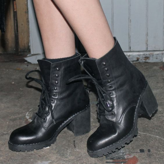90's 'Aldo' Lace up Chunky Heel Combat Boot | Lace, Combat boots ...