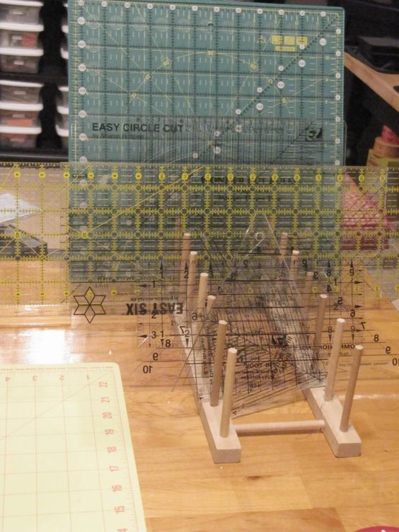 plate rack holds quilting rulers