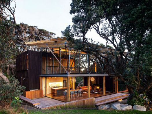 Under Pohutukawa House by Herbstarchitects