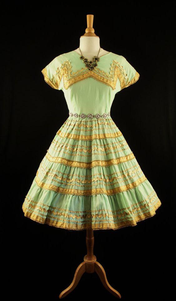 Vintage 50s Golden Mint NOVELTY Full Skirt Square Rockabilly Swing Dance Party Full Skirt Western PinUp Sun Dress