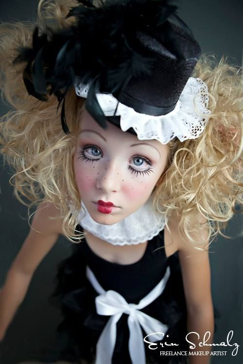 The 25+ best Doll make up ideas on Pinterest | Baby doll makeup ...