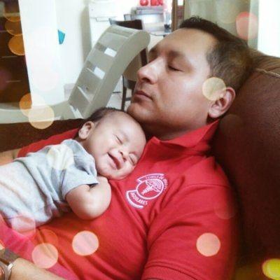 Un papá le canta a su hija y nos volvemos sus fans (video)   Blog de BabyCenter