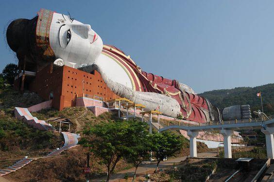 Mudon, Mawlamyine, Myanmar, Burma, world´s largest reclining Buddha