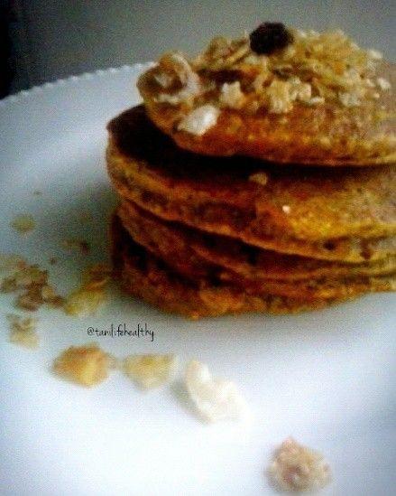 Pumpkin and oatmeal pancakes