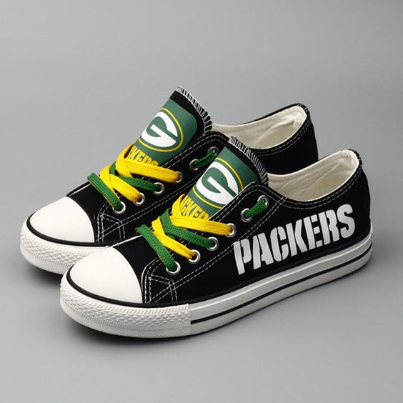 Green Bay Packers Converse Style Sneakers - http://cutesportsfan.com/green-bay-packers-designed-sneakers/
