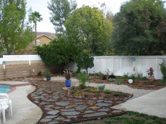 Perfect idea add french drain and potty post and tree low for Soft landscaping ideas