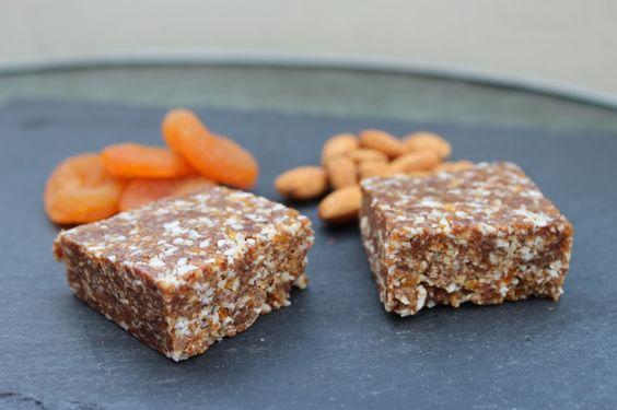 No Bake Healthy Vegan Almond Apricot Bites