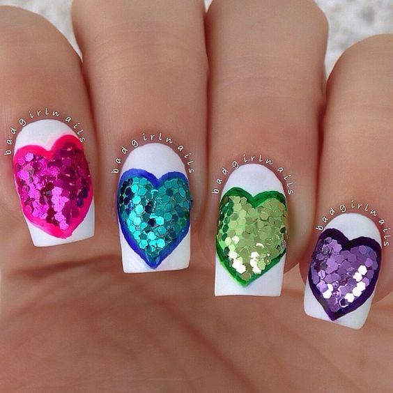 @badgirlnails chunky circle glitter hearts on white polish: