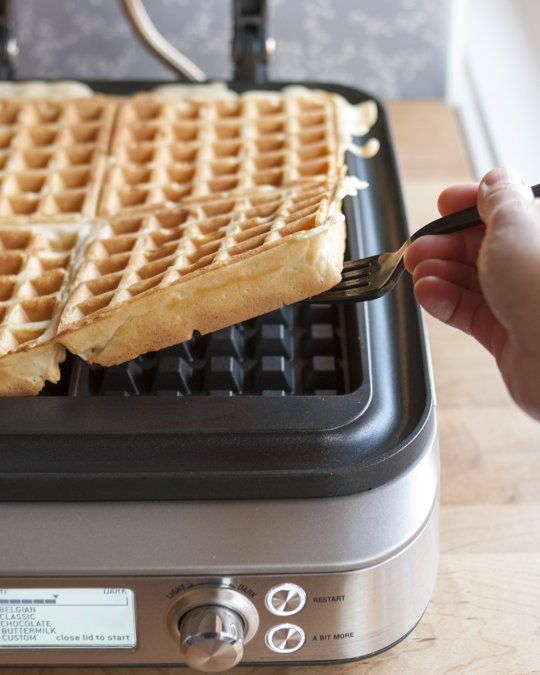 The Smart Waffle 4 Slice From Breville Yeasted Waffles Waffles Waffle Recipes