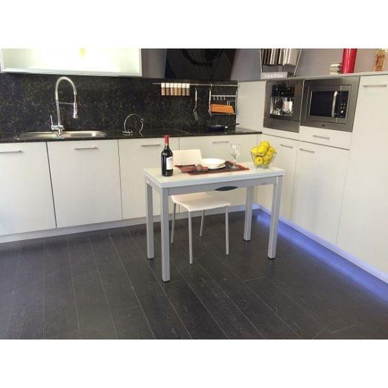 Mesa de cocina peque a y estrecha de cancio con encimera for Mesa encimera cocina