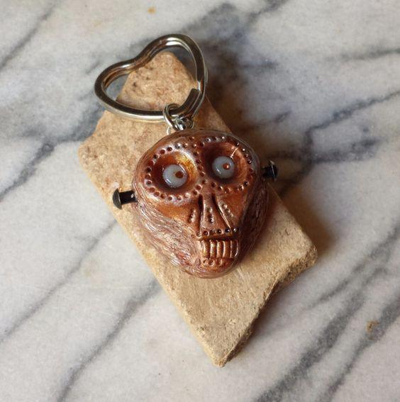 Schlüsselanhänger - Happy Skull Schlüsselanhänger (Glow in the Dark) - ein Designerstück von ZOEJUX bei DaWanda