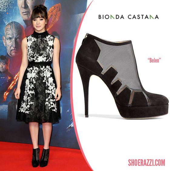 Hailee Steinfeld in Bionda Castana Belen Suede & Mesh Boots