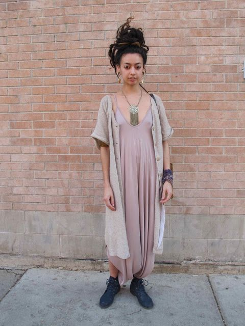 CHICAGO LOOKS ***** a Chicago Street Style + Fashion Blog*****: Qutress