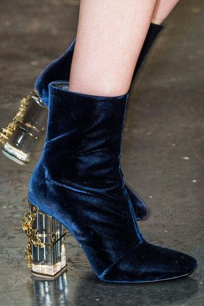 #shoes #runway #blue #detail