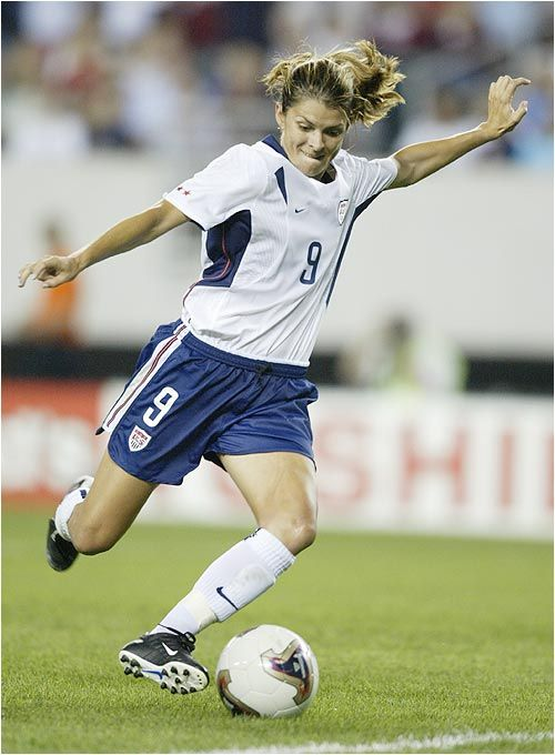 One and only Mia Hamm!  https://twitter.com/_SoccerGirlLife  Follow!
