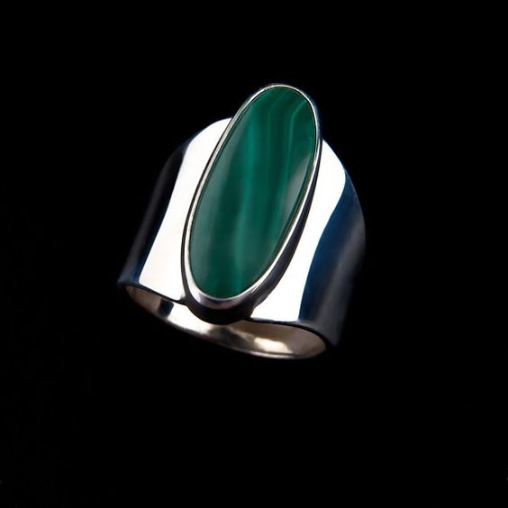Malachite Ring ~ Gorgeous green  stone~ Handcrafted in Colorado~ 48.00~ Sterling Silver