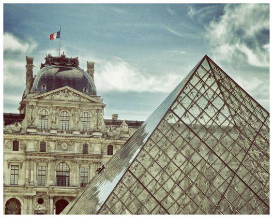 Louvre Paris France Photo-8 x 10 Parisian Home Decor-Musee du Louvre pyramid $15.00