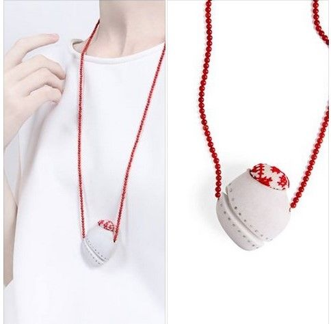 Yafit Ben Meshulam - appear & disappear - KAMIMI necklace: