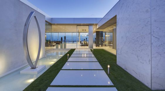 Dieses Design-Haus in Los Angeles zeigt hervorragend, wie wirksam das richtige Beleuchtungskonzept sein kann.