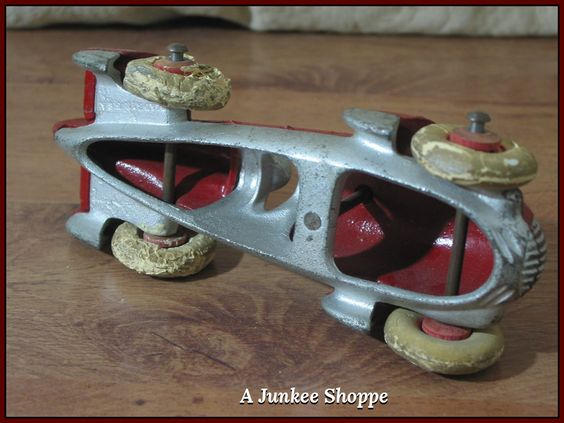 HUBLEY 1930's Red Number 8 Fin Racer White Rubber Car Tires   Junk0425  http://ajunkeeshoppe.blogspot.com/
