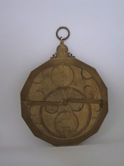 Uhrensammlung Kellenberger-Archiv Ausstellung Detail