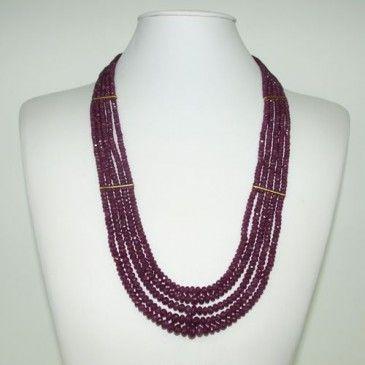 Collana Lunga di Rubini e Oro Giallo 18k