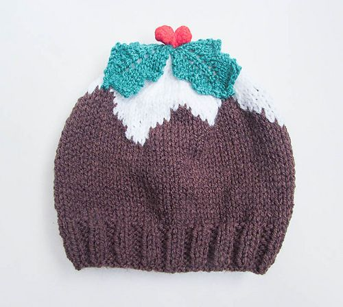 Adorably cute Christmas Pudding Baby Beanie Hat. Very easy and quick to make with lots of pictures to help you along the way.