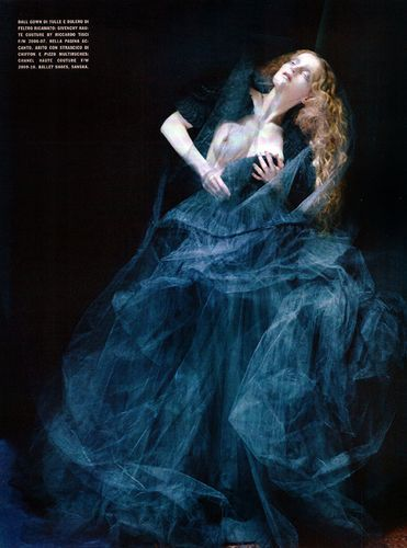 'Dreaming of Another World' Guinevere van Seenus by Tim Walker for Vogue Italia March 2011 [Editorial] - Fashion Copious