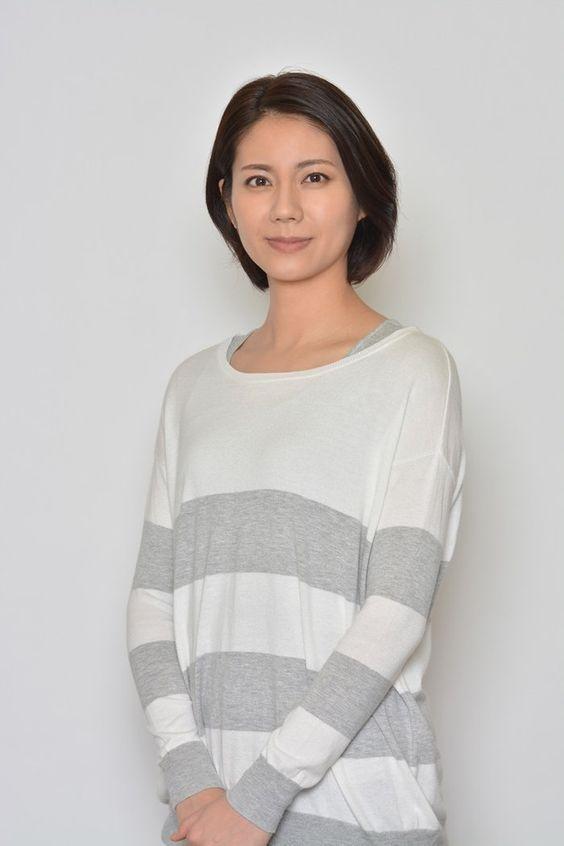 松下奈緒のシャツ