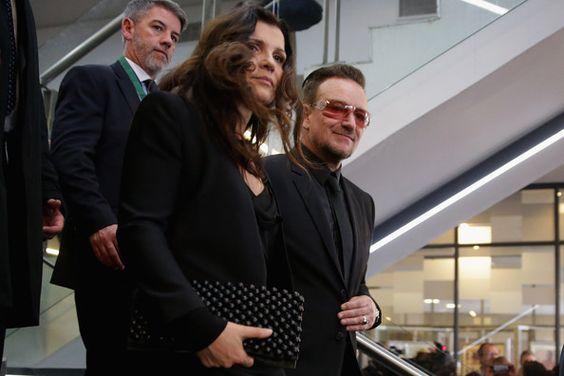 Bono and Ali Hewson Photos - Memorial Service Held for Nelson Mandela — Part 2 - Zimbio