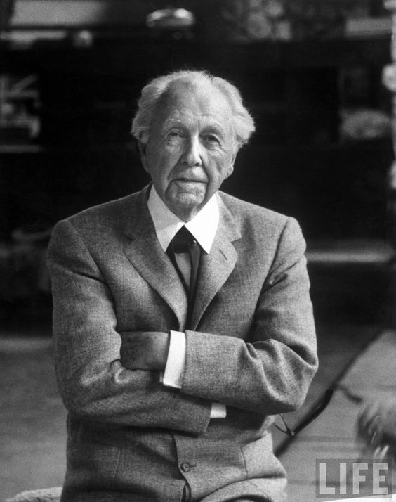 Do all great architects look the same le corbusier - Frank lloyd wright architecture ...
