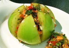 Лучшие засолки: фаршированные помидоры на зиму / Простые рецепты