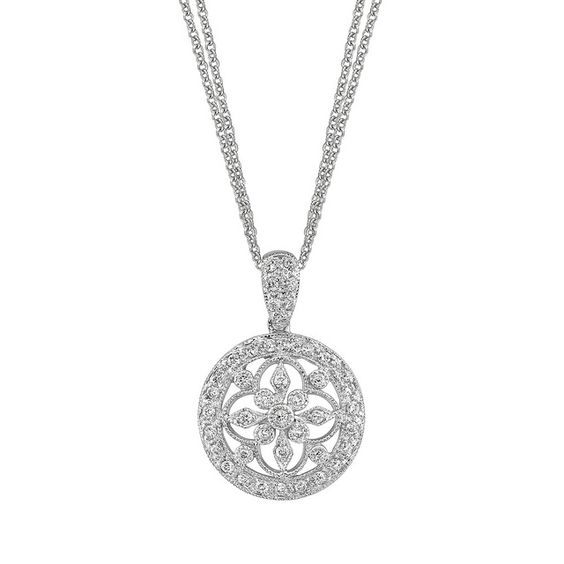 Love this necklace. See more at, http://www.photographyinstyle.com