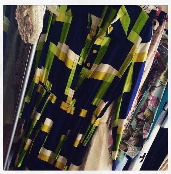 Un favorito personal de mi tienda Etsy https://www.etsy.com/listing/277851528/vintage-chemise-dress