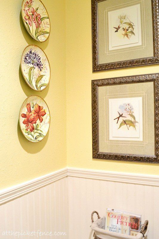 French Bathroom Wall Decor Inspirational French Country Bathroom Makeover At The Picket F French Country Bathroom Country House Decor Country Style Dining Room