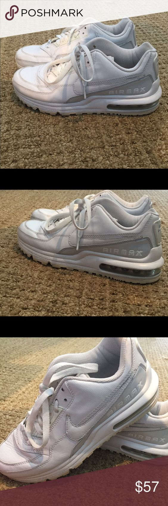 Nike Air Max Sneaker White Size 6Y Women's 7 - 7.5 Nike Air Max sneakers - white. Size 6 youth which is also about a 7.5 in women's and can fit a 7 too. Pre owned Nike Shoes Sneakers