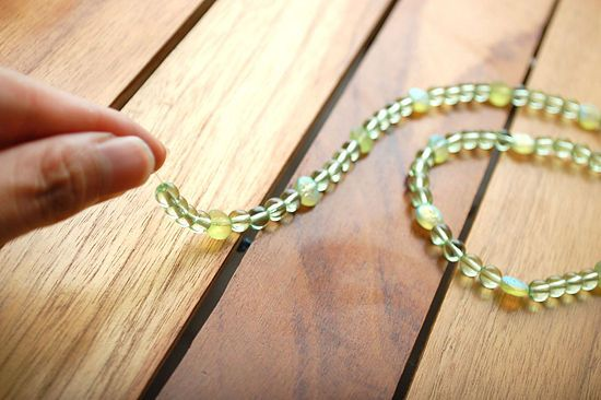 How to Make a Beaded Necklace: 11 steps - wikiHow