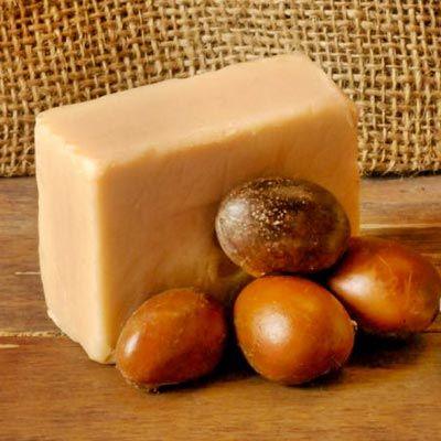 Seife herstellen - Seifen-Rezept: Sheabutter-Seife selber machen