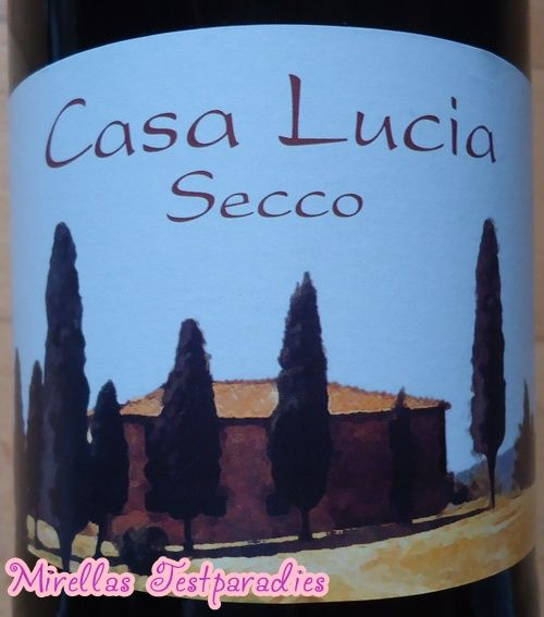 I got a wine to test, the Casa Lucia Secco.