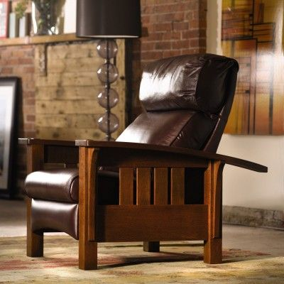 Stickley Bow Arm Morris Recliner With A Bustle Back In