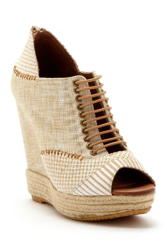 Adorable Wedges Sandals