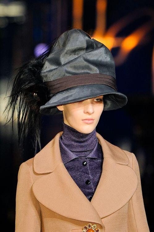 Extraordinary hat