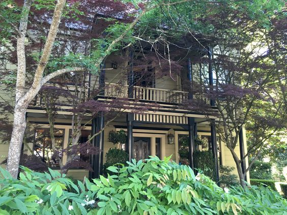 We had a great stay at Gaige House in Glen Ellen, Sonoma Valley...another cozy Four Sisters Inn!