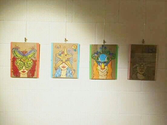 Ilustraciones de máscaras infantiles. #pajaro #mariposa #libelula #estrellademar #4 #illustration #art #youngartist #illustrator #wood #colourspen #posca #exposicion #proyectosconnombrepropio #upv #bbaa #bellasartes #finearts #girls #red #blue #green #pink #2015