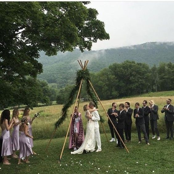 Supermodel Hanne Gaby Odiele ties the knot in the New York countryside - Vogue Australia