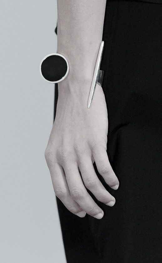 Black & silver statement bangle; runway jewellery; fashion details // Lemaire Spring 2016