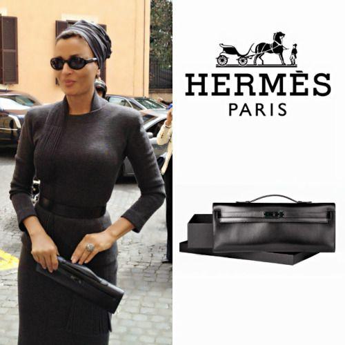 hermes paris handbag website - Sheikha Mozah was carrying black Hermes Kelly Cut Clutch in Italy ...