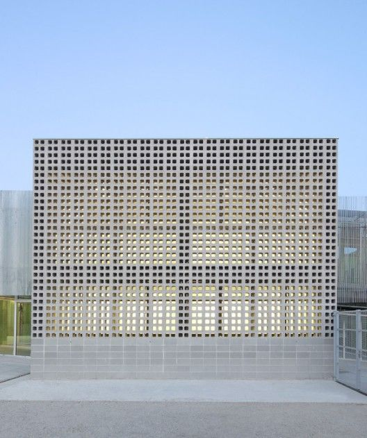 A151 - Perforated blockwork