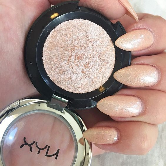 """""""Our NEW Prismatic Shadow in 'Girl Talk' is amazing for inner corner highlight, all over lid color, and even doubles as a cheek highlighter! Grab yours at…"""""""